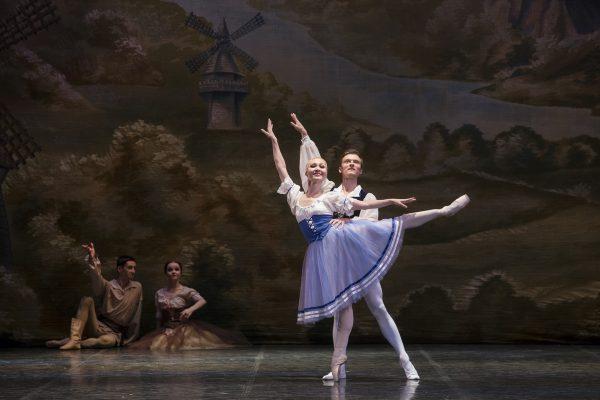 """""""GIZELLE"""" Ballet """"La Classique"""" Summer 20174"""