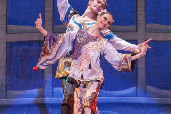 'THE-NUTCRACKER'--Ballet-'La-Classique'-88